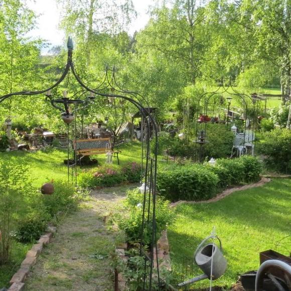 Romantisk Skrotåtervinningsträdgård