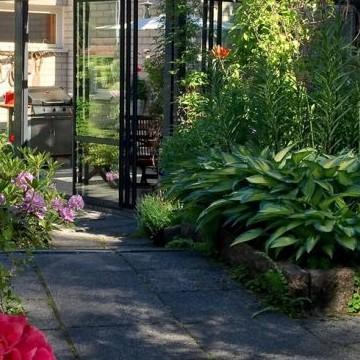 Seijan salainen puutarha