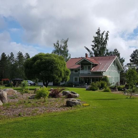 Saarimaan puutarha