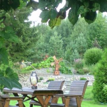 Puutarhani Onnenlaaksossa